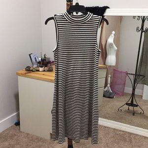 A:Glow maternity dress